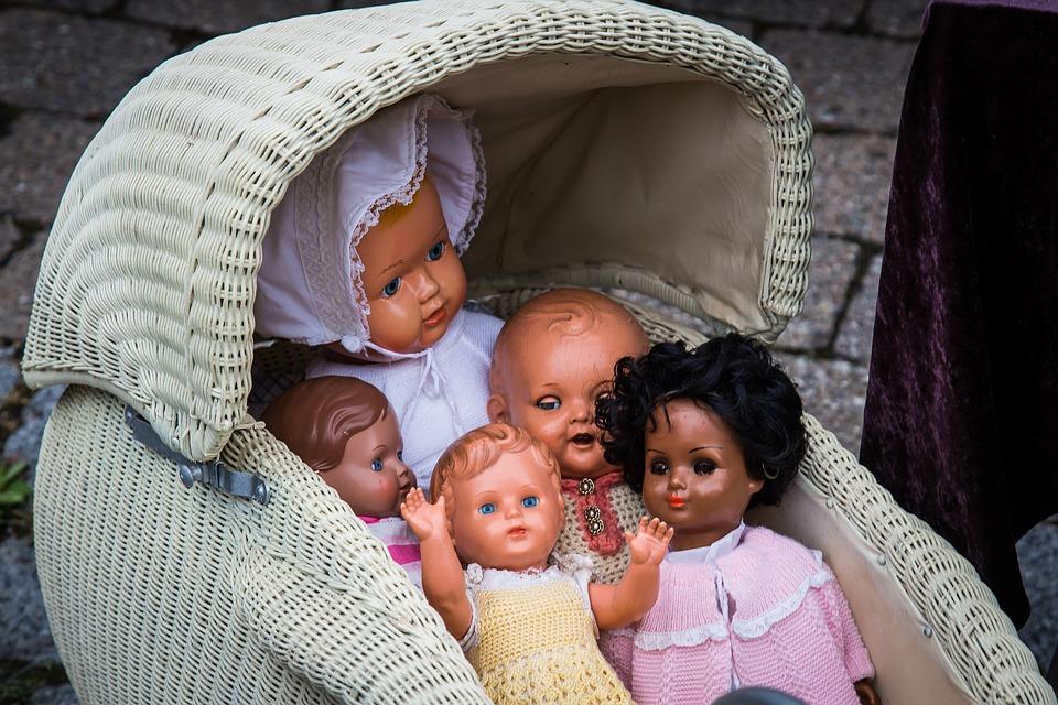Jak vybrat kočárek pro panenku?