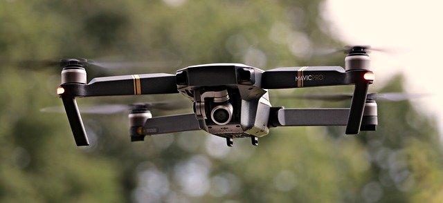 Dron je možné využít na sto skvělých způsobů