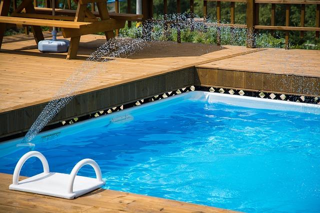 napouštění bazénu.jpg