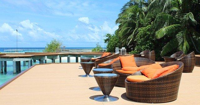 posezení na Maledivách