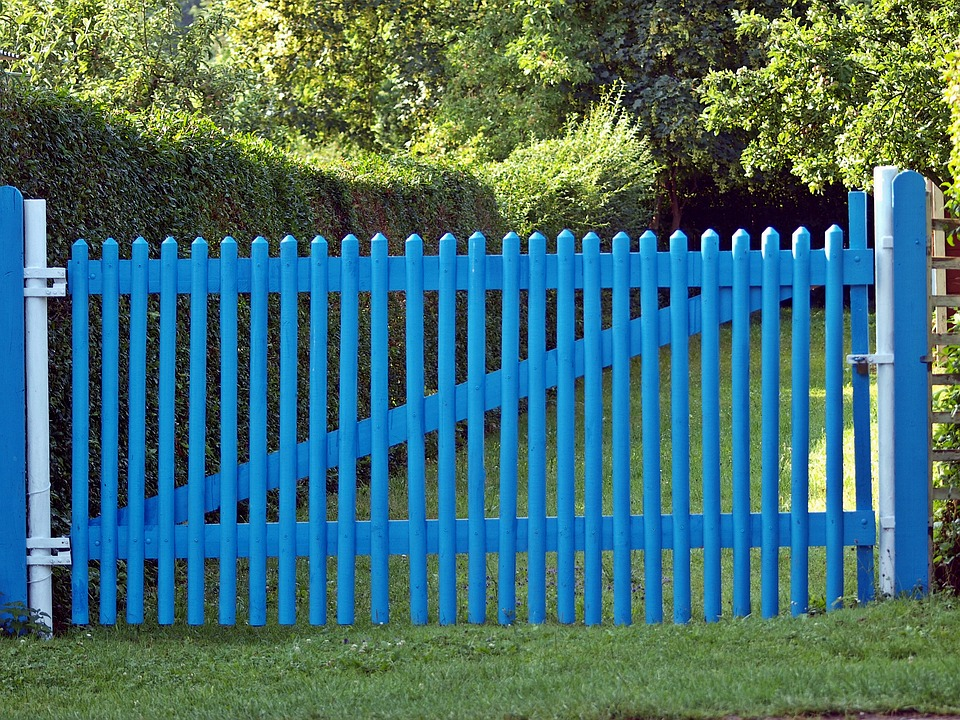 Dřevěné ploty z masivu nenahradíte plastem